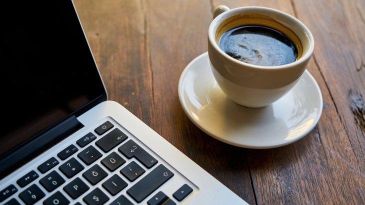 「エスプレッソの日」はコーヒーリキュールのお酒でカフェ気分に浸ろう