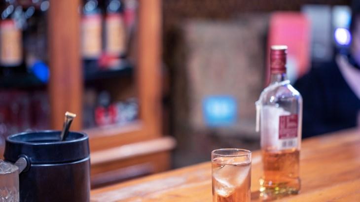「昭和の日」はこの時代に流行ったお酒でノスタルジックな夜を過ごしませんか?