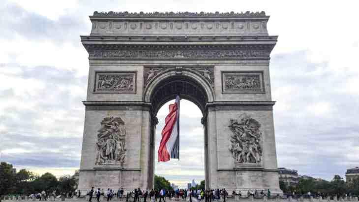 フランス建国記念日はシャンパーニュで革命に乾杯!