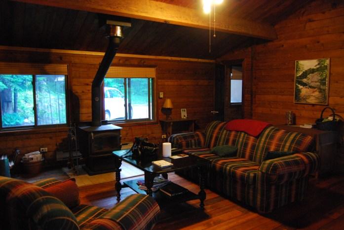 Cabaña de madera en Ontario, Canadá - CC RM