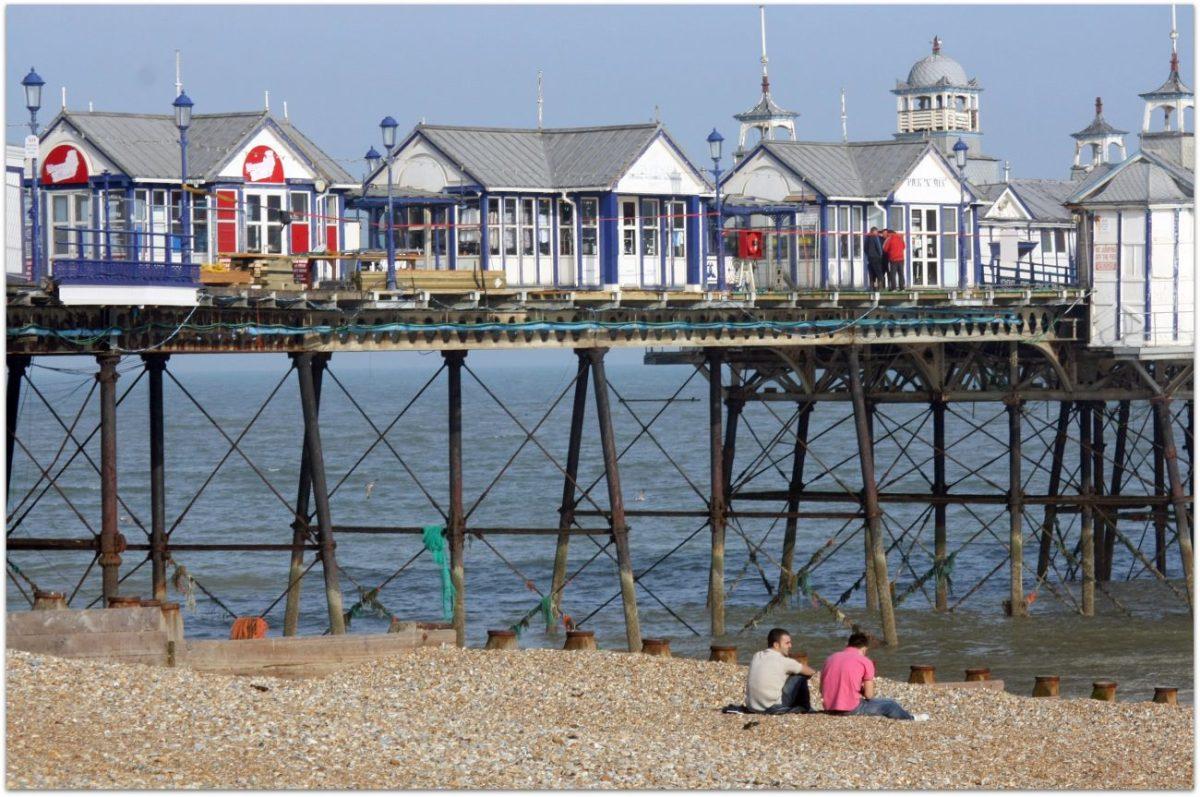 Notas sobre Eastbourne y los muelles victorianos