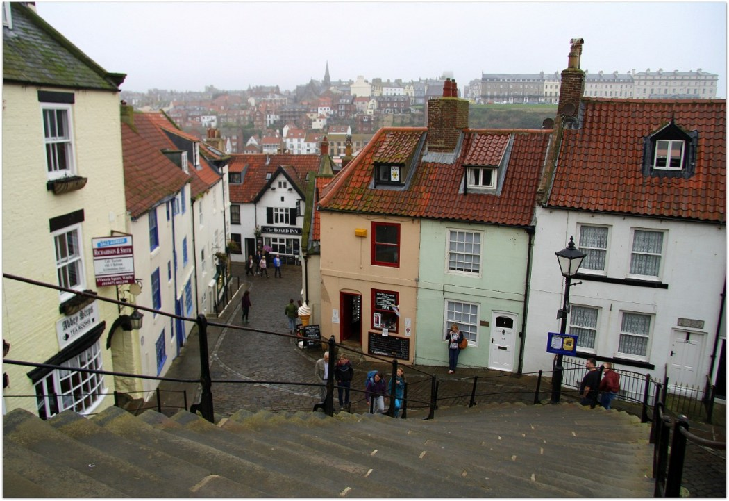 199 escalones, Whitby