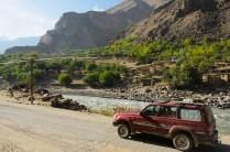 Am Grenzfluss Panj (Oxus) zwischen Tadjikistan und Afghanistan