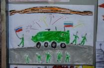 Kinder malen zum 9. Mai - nicht lustig hinsichtlich aktueller russischer Außenpolitik