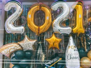 Balloons that say Happy New Year 2021