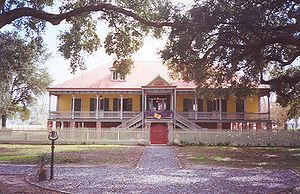 Laura Plantation house in 2002