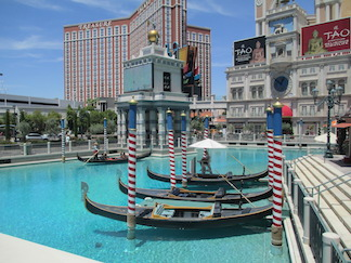 las vegas new orleans hot