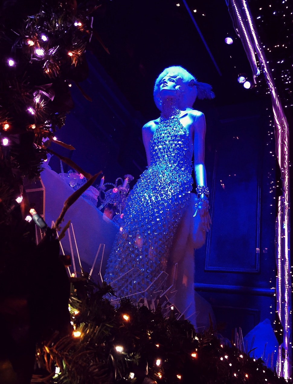 Holiday windows at Saks Fifth Avenue. Photo by Rick Stachura. December 18, 2015.