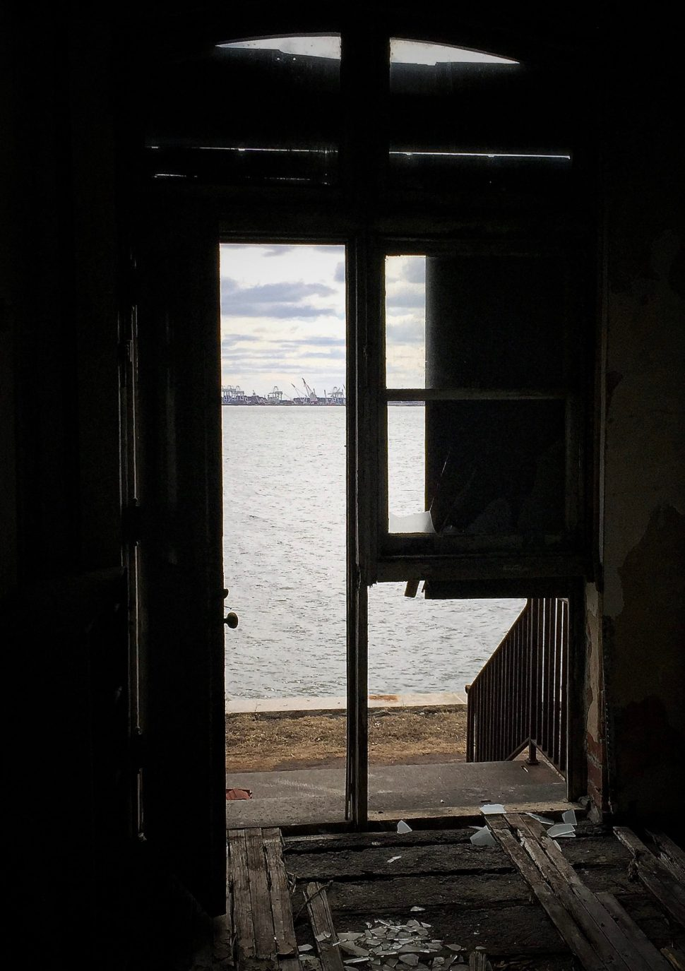 (6) Isolation Ward, Ellis Island. Photo by Rick Stachura. March 28, 2015.