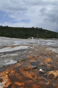 Yellowstone_old_faithful_6