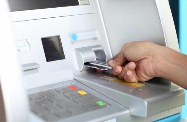 La nueva tarifa para retirar dinero de los cajeros