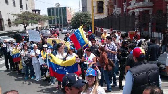 Perú-venezolanos