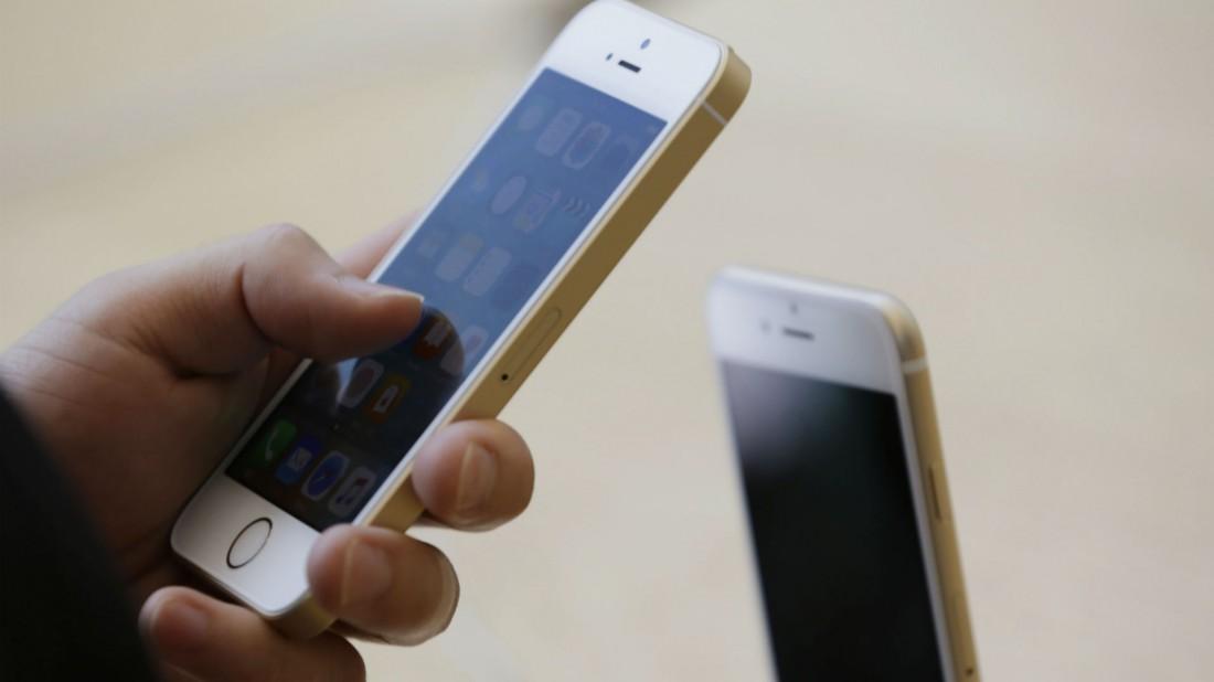 """El truco fácil """"sin borrar nada"""" para liberar espacio cuando el celular te dice que la está memoria llena"""