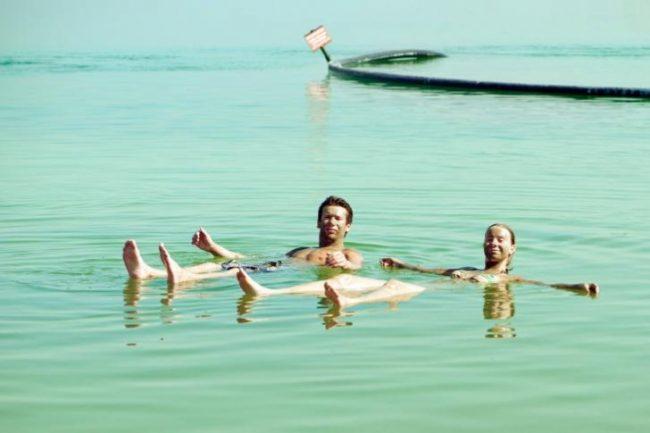 ¿Por qué es tan peligroso nadar en el Mar Muerto?