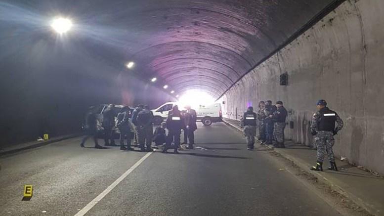Persecución policial en el túnel de la Trinidad