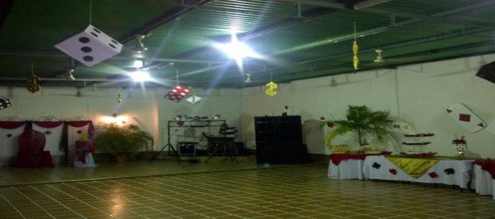 club-Los-Cotorros-El-Paraiso
