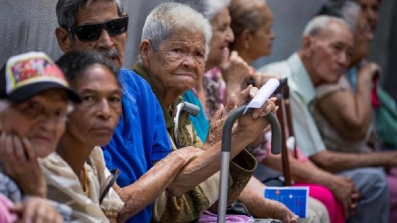 abuelos-pensión