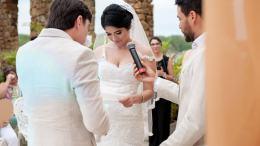 mujer desmiente a su pareja en boda