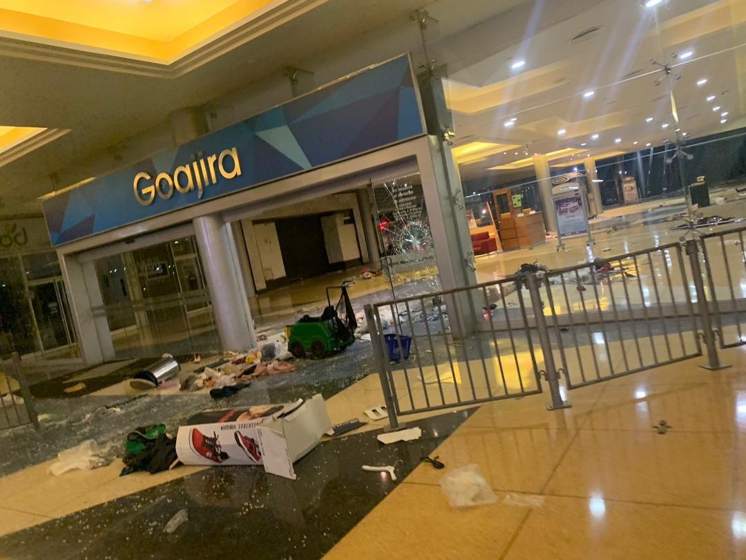 Saqueos en Zulia durante apagón dejan importantes pérdidas — Venezuela