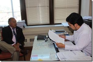 Temas de congestión vial fueron la materia principal de reunión de alcalde de Pucón con director regional de Vialidad en Temuco