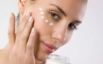 ¿Las cremas para ojos antienvejecimiento realmente valen la pena?
