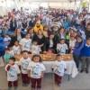 Festeja Mariana Gómez Día de Reyes con niñas y niños de Palmillas.