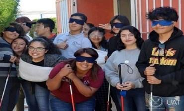 """Sensibiliza UAT a estudiantes en """"Te presto mis zapatos"""""""
