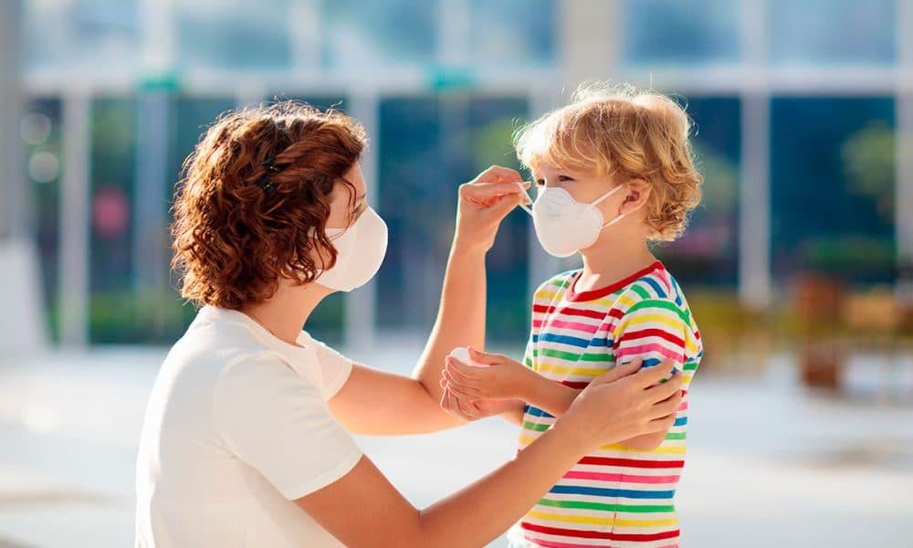 Una guía para proteger a los niños contra el coronavirus y apoyar la  seguridad en las operaciones escolares | Noticias en Salud