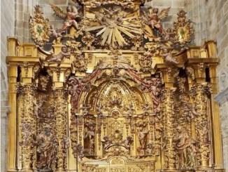 La Junta de Extremadura acomete los trabajos de restauración del retablo de la Asunción de la Catedral de Plasencia