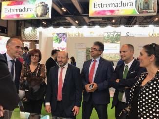 Extremadura acude a Fruit Attraction para facilitar al sector extremeño la apertura de nuevos mercados de frutas y hortalizas
