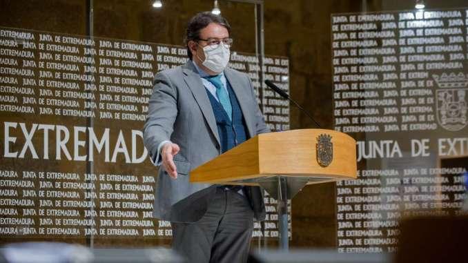 Mérida, Plasencia y otras seis localidades se suman a las restricciones que incluyen el cierre de comercios y de la hostelería