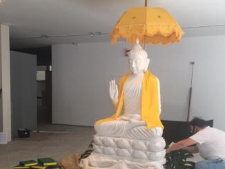 Estatua de Buda instalada en Cáceres