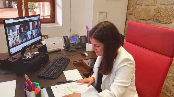 Isabel-Gil-Rosina-resalta-que-la-igualdad-es-una-politica-de-primera-plana-inamovible-como-objetivo-capital