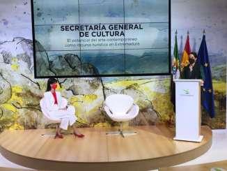 Nuria-Flores-destaca-el-protagonismo-del-arte-contemporaneo-dentro-de-la-oferta-turistica-de-la-region