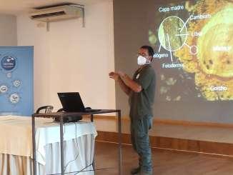 Tecnicos-de-CICYTEX-abordan-en-Alburquerque-la-gestion-selvicola-de-terrenos-afectados-por-los-incendios-forestales-de-este-verano