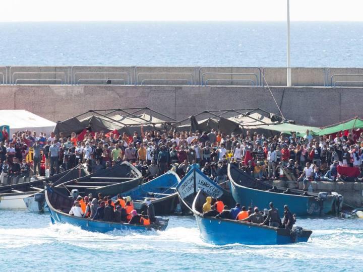 Canarias, paso tenso de migrantes