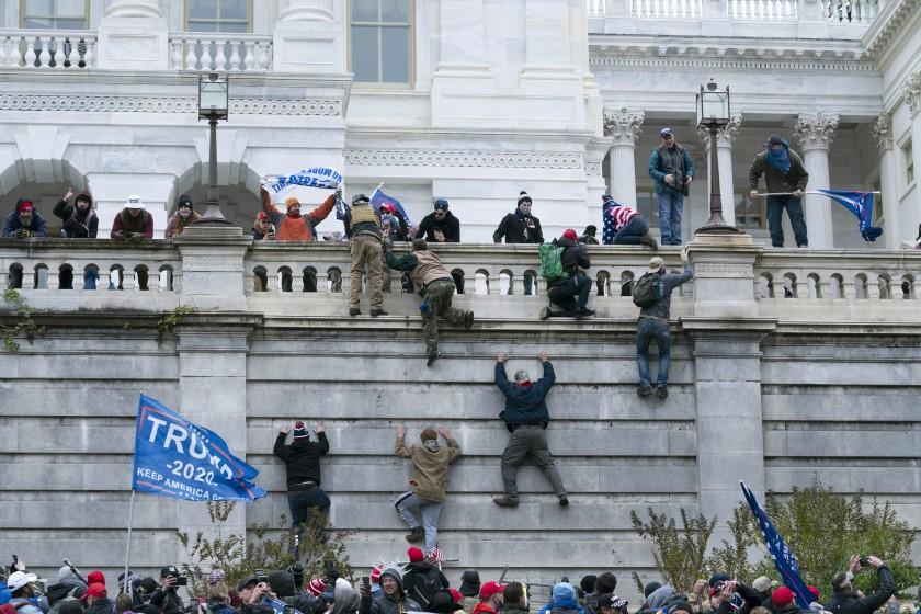 Los obispos y el principal sindicato de EEUU rechazan el ataque inconcebible a la democracia