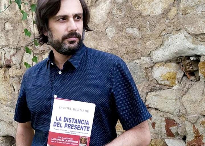 Daniel Bernabé: «El concepto de  comunidad ha sido dañado por el neoliberalismo»
