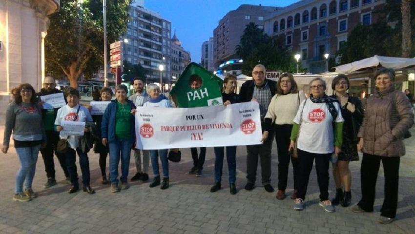 """Primera donación al Fondo de Solidaridad Diocesano """"Teresa Cívico"""" de Jaén"""