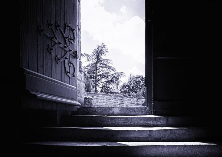 La puerta está abierta