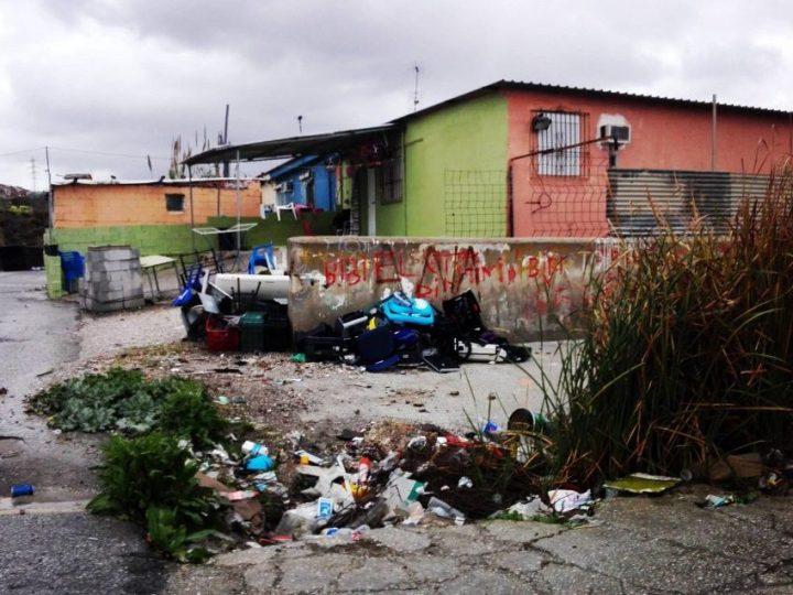 Trabajadores cristianos denuncian la grave situación de las familias en la barriada de los Asperones en Málaga