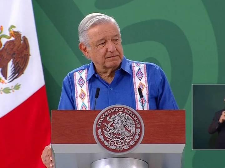 Llama AMLO a no especular sobre ataque con explosivo en Guanajuato