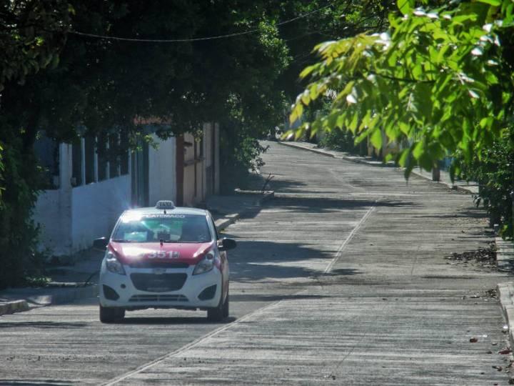 Avanzan trabajos de pavimentación en la Colonia Don Pedro, de Catemaco