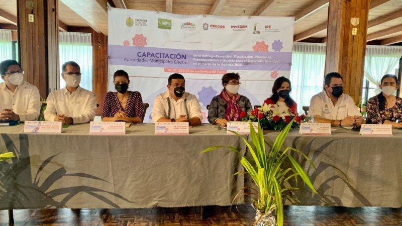 Planeación, para mejorar calidad de vida en municipios: Gómez Cazarín
