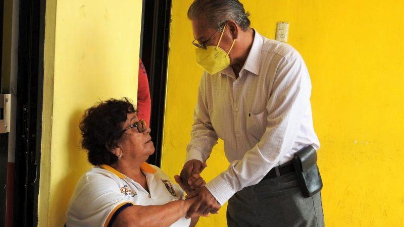 Reconoce Arturo Herviz labor de empleados municipales
