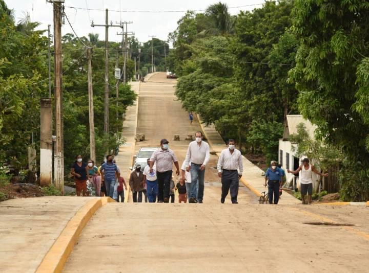 «Con esta calle beneficiamos a habitantes de El Popotal y de otras comunidades»: Tavo Pérez