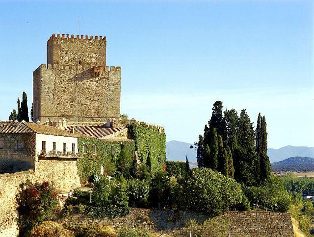 Parador Nacional Castillo de Trastámara