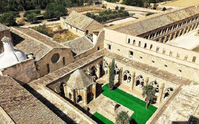 mejores hoteles jacuzzi zaragoza hospederia monasterio rueda
