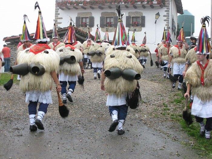 Ituren y Zubieta celebran su tradicional carnaval