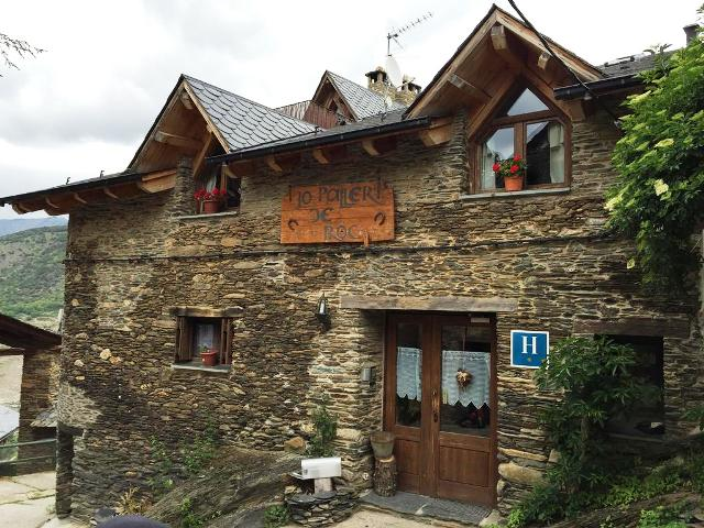 hoteles rurales cataluña paller roc